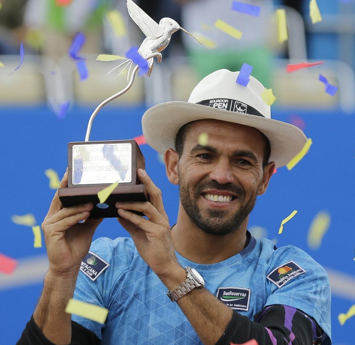 Tenista dominicano Víctor Estrella gana Abierto de Ecuador