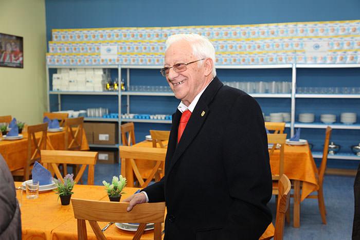 Entrevista al PadreÁngel